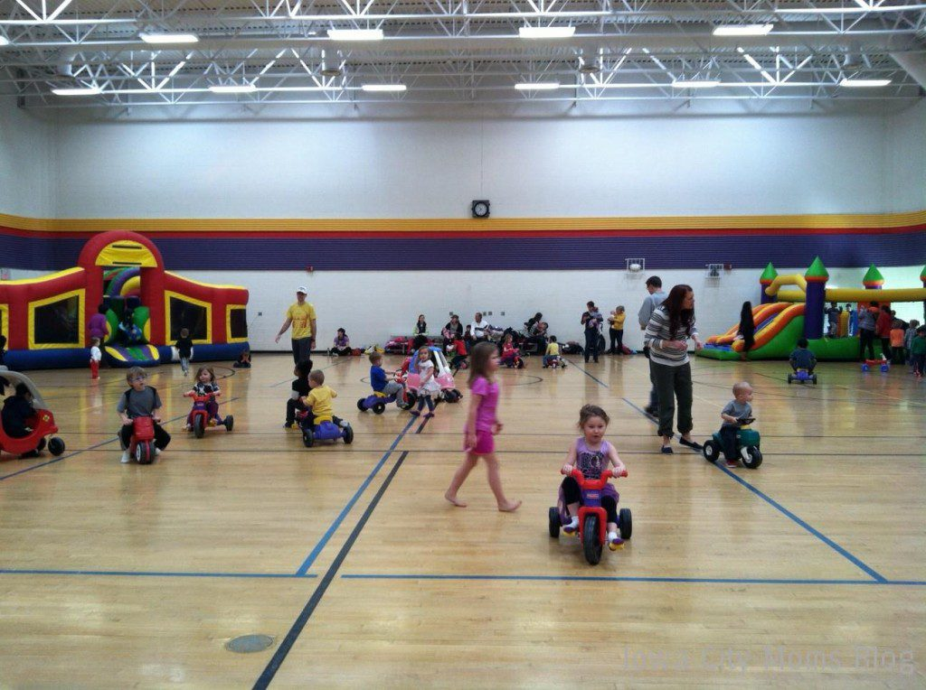 scanlon gym tot lot, indoor play places in iowa city