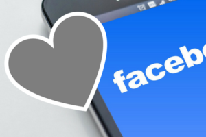 Top 5 Reasons Moms Love Facebook