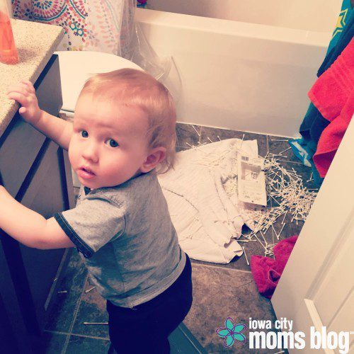 4 Reasons Why I'm Glad My One Year Old Isn't Walking Yet