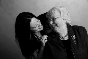 grandmother-453131_640