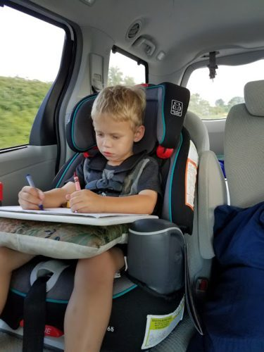 6 Screen-Free Ways to Survive a Long Car Trip With Kids