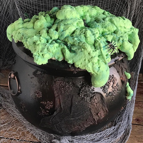 halloween cauldron witch DIY hocus pocus