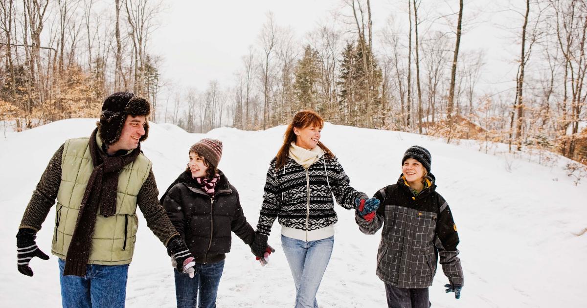 Indoor and Outdoor Winter Activities for Families in Iowa City