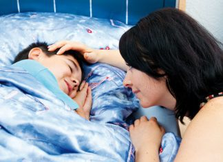 A mom and her son in bed - advice I'm still ignorning