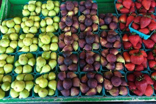 Fresh fruit: A Guide to Iowa City Area Farmer's Markets