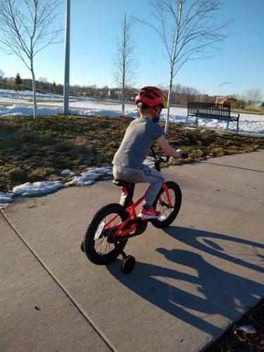 Iowa City Area Kid Friendly Bike Trails: child biking